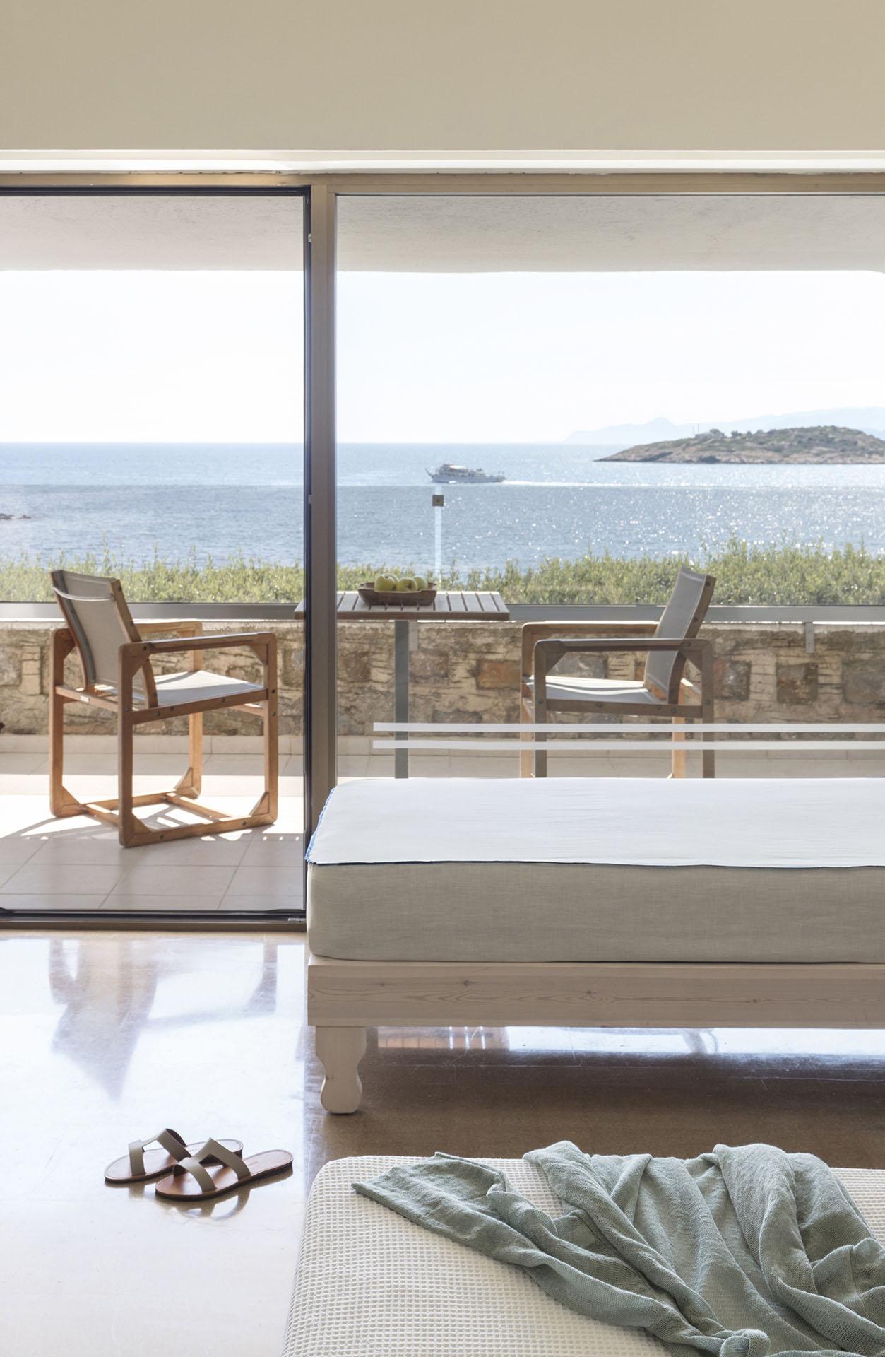 Minos Palace - Upper-deck Ocean view room